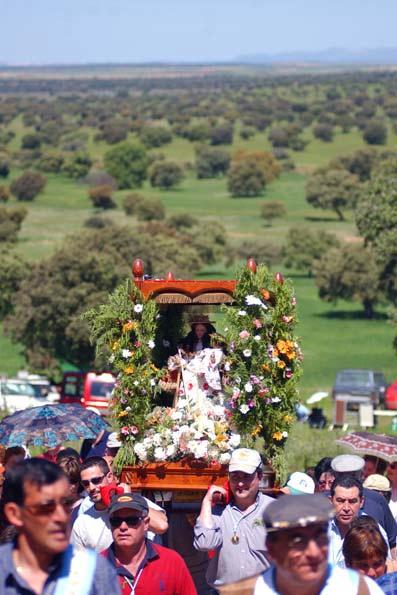 Virgen de la Antigua hinojosa