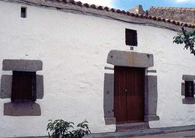 fachada-casa-tipica-fuente-